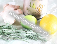Чай з лимоном, імбиром і розмарином